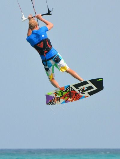 Kiteboarding jumping