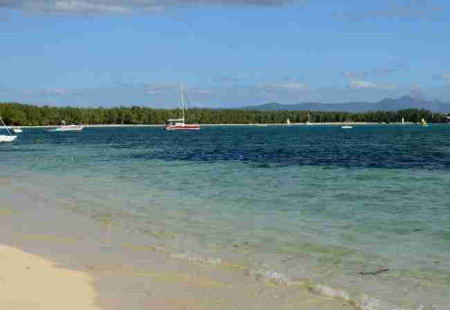 Swimming in Mauritius - How to keep safe