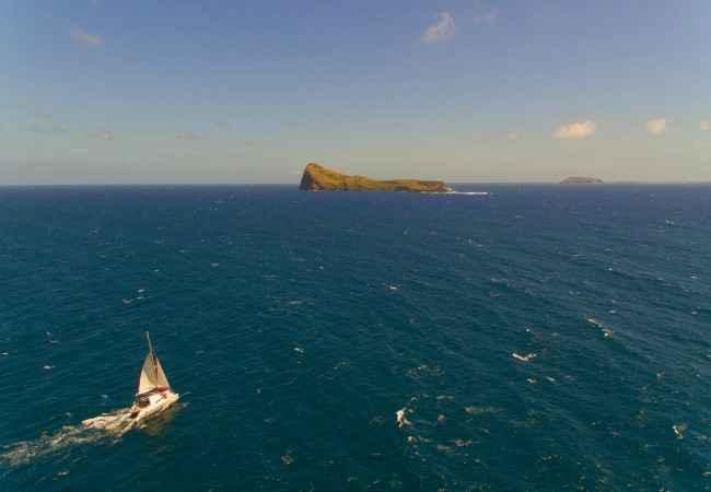 Deep sea sailing towards Gunners Point