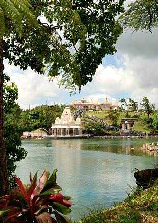 Shiv Mandir Hindu Temple Grand Bassin