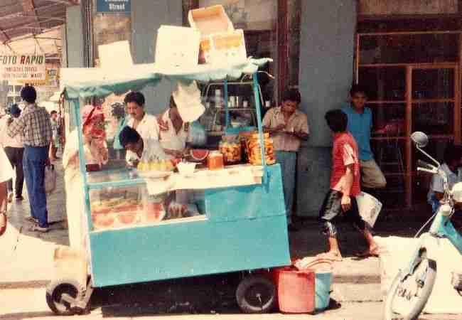 Mauritius street food cart
