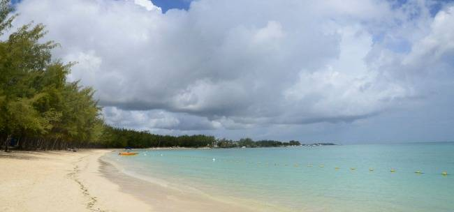 Mont Choisy beach