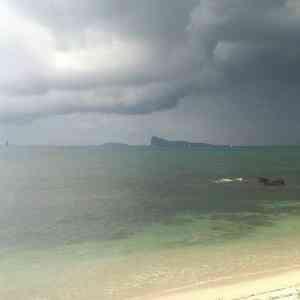 Cyclone warning in Mauritius