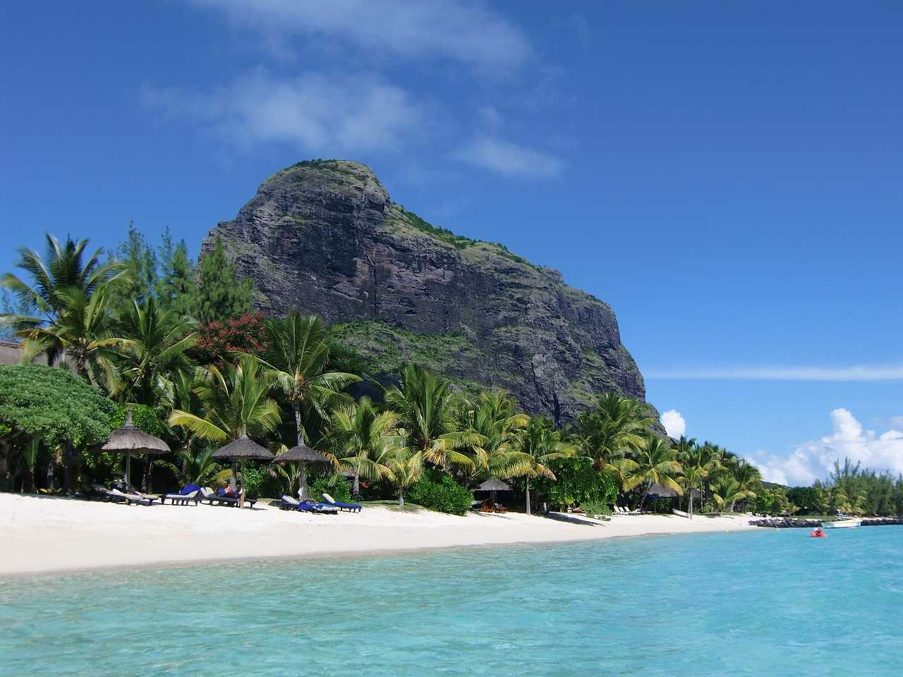 Le Morne beach hotel