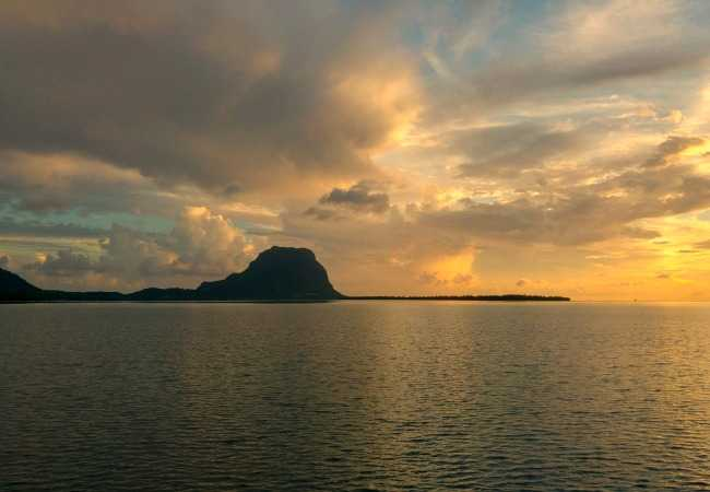 Early sunset over the Morne Mountain