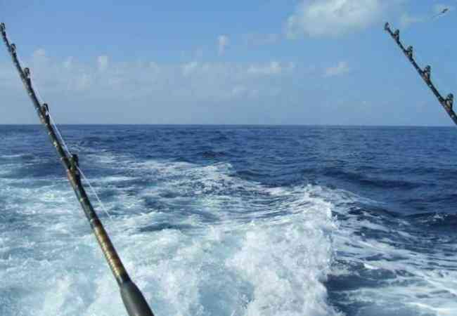 Deep sea fishing trolling