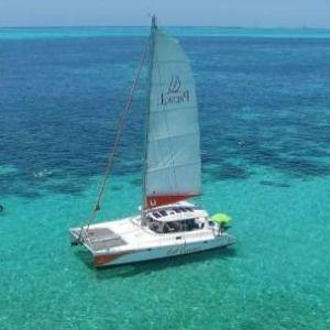 catamaran cruise in the lagoon