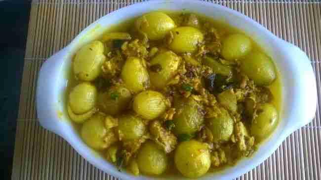 Mauritius fish vindaye dish