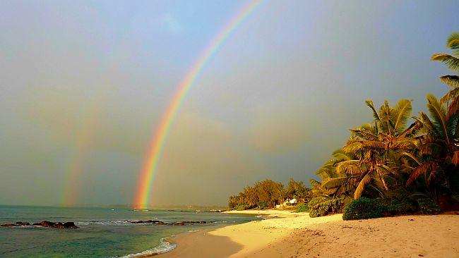 weather in Mauritius with rainbow