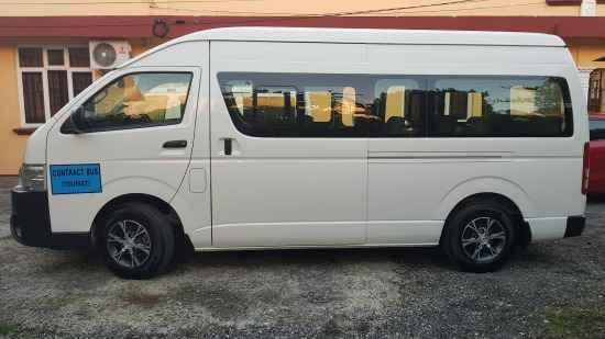 taxi minivan